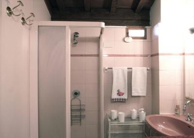 Bathroom_Loggia